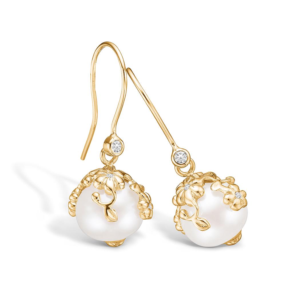 Blossom ørehængere i 14 kt guld med perler og diamanter