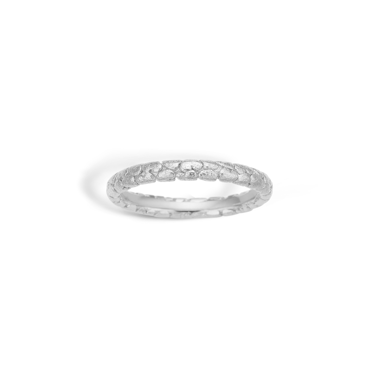 Image of   BLOSSOM Ring Sølv Mat Hjertemønster