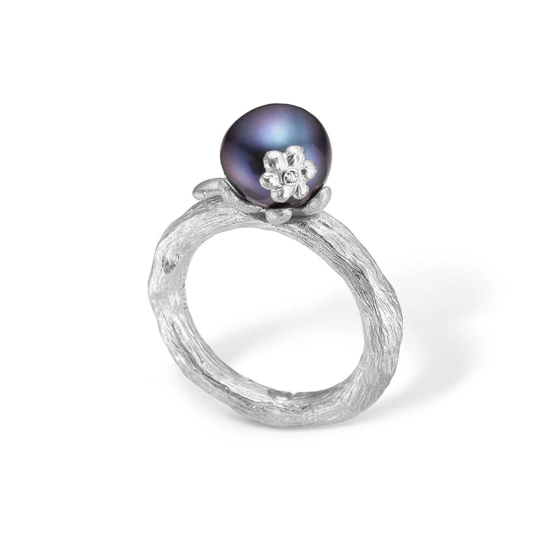 Image of   Blossom sølv ring med sort perle og blomst