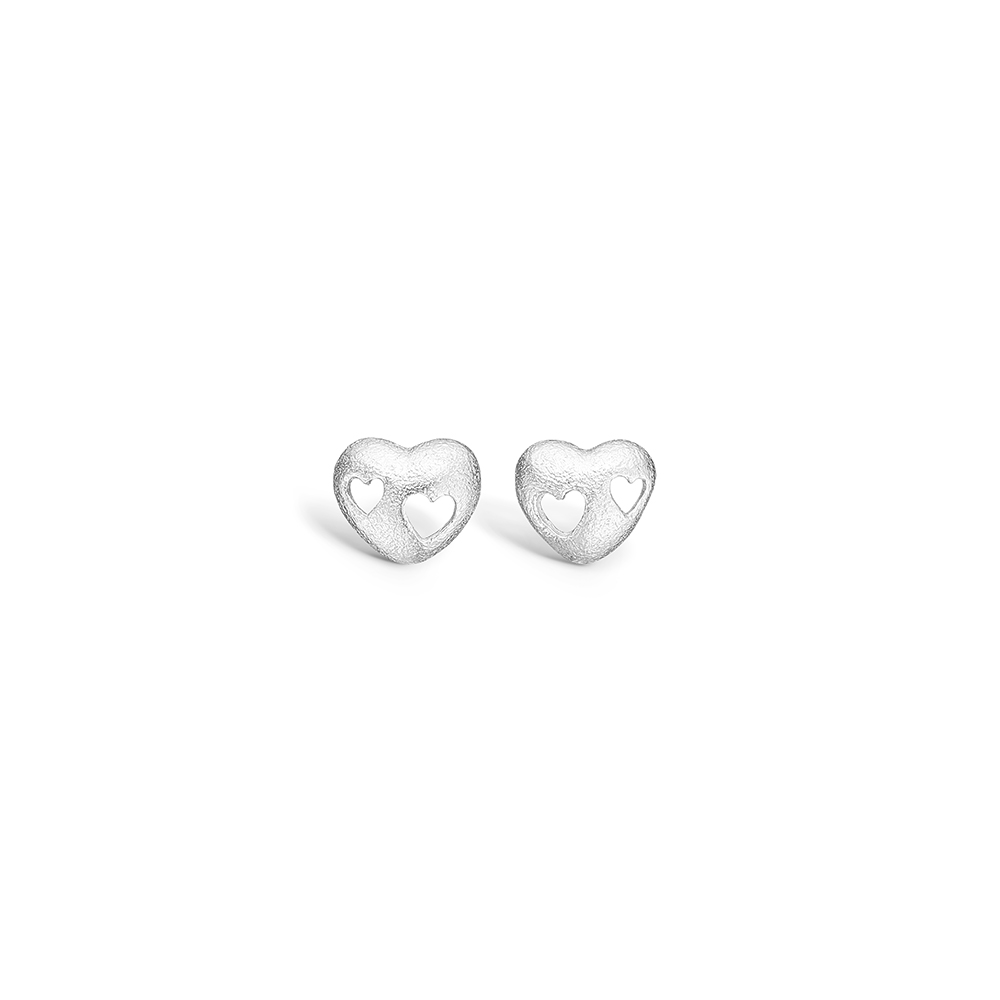 Blossom sølv hjerte ørestikker med udskåret hjerter rhod.