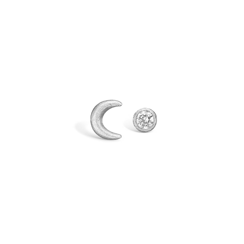 Image of   BLOSSOM måne ørestikker i sølv med zirkon