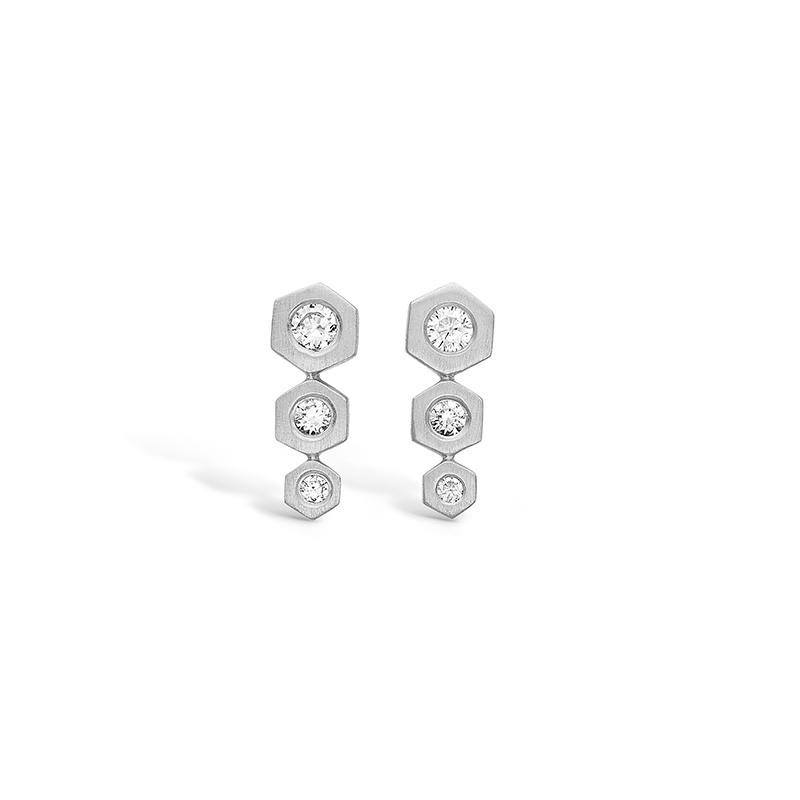 E-Signature sølv ørestikker med sekskanter rhod. med cz
