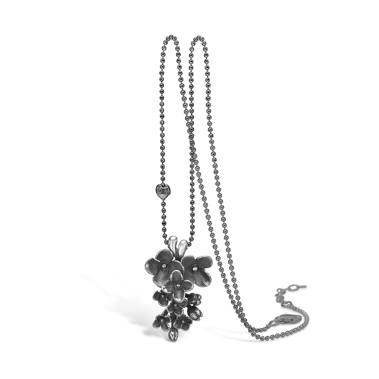 Image of   BLOSSOM Syren vedhæng i sort sølv på kæde, 45 cm