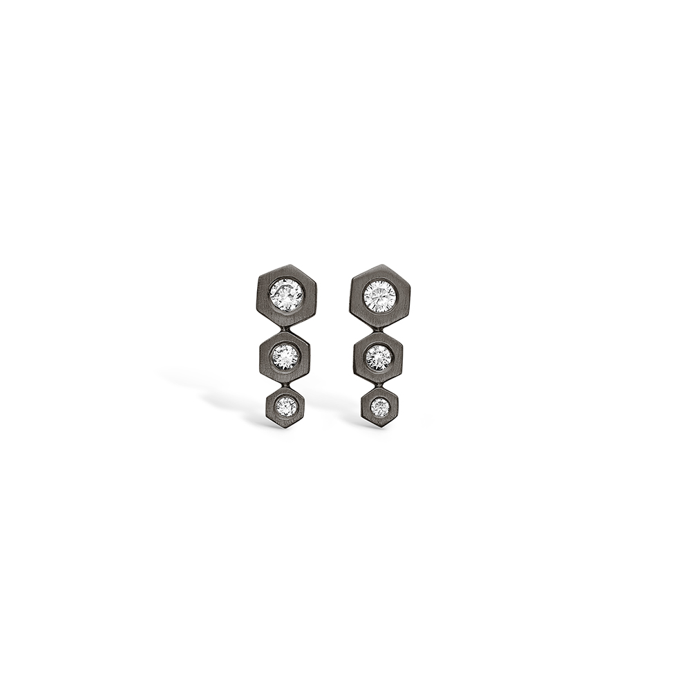E-Signature sølv sort rhodineret ørestikker med sekskanter med cz