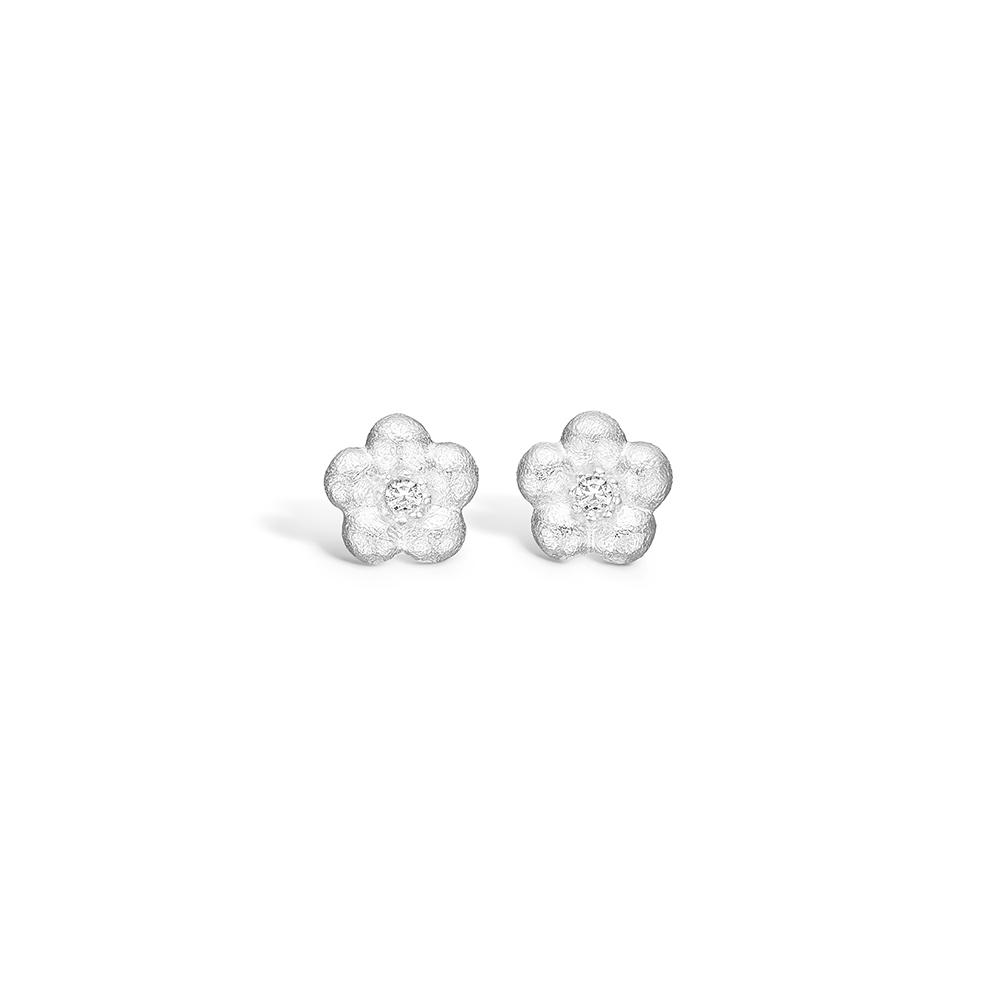 Blossom 14 kt. hvidguld blomster ørestikker 2 diamanter i alt 0,04 ct.