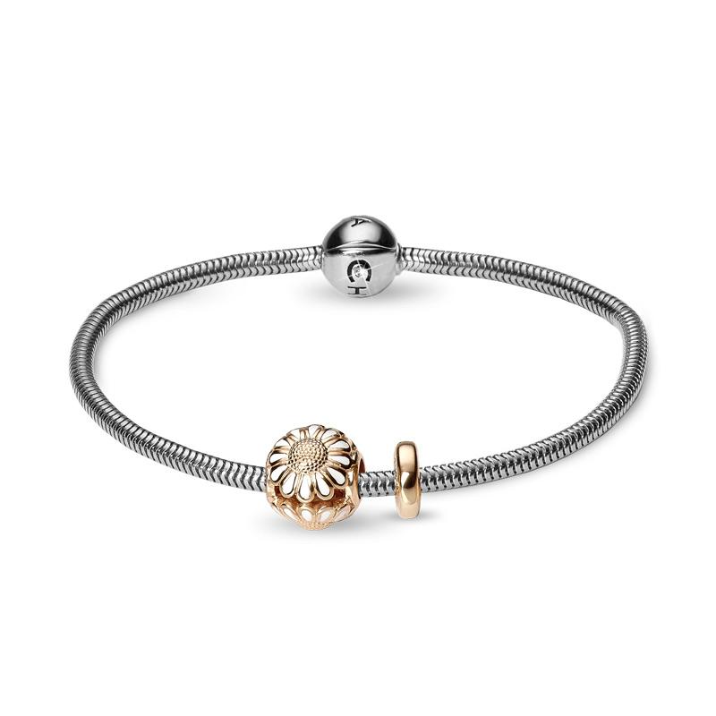 Christina Jewelry armbånd i sølv med forgyldt marguerit charm