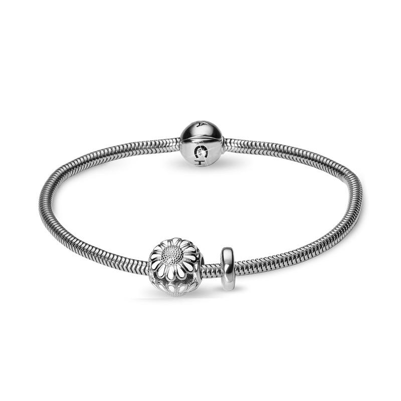 Image of   Christina Jewelry armbånd i sølv med marguerit charm