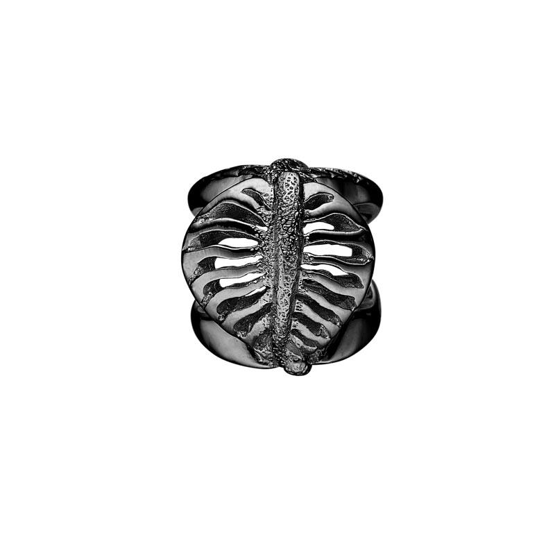 Image of   Christina Charm til læderarmbånd Magical Leaves i sort sølv