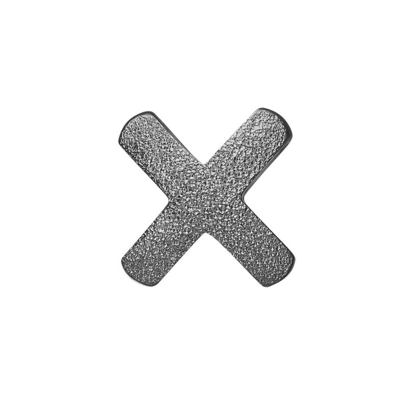 Image of   Christina Charm til læderarmbånd Make Your Mark kryds i sort sølv