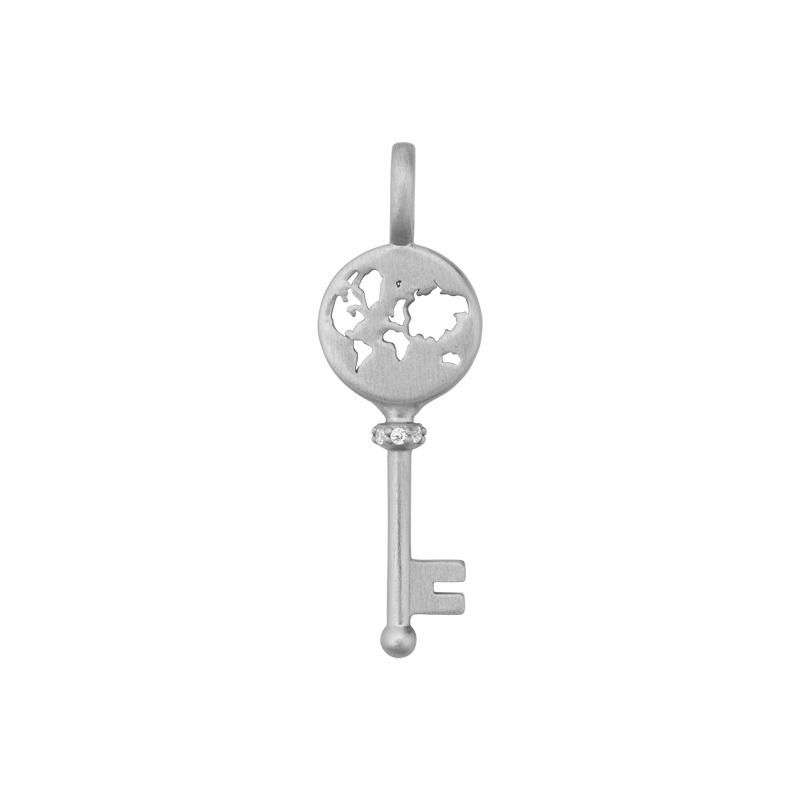 Image of   ByBiehl Unlock Adventures nøgle med verden i sølv