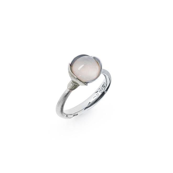 Ole Lynggaard Ring Lotus str. 1 - 18 karat hvidguld rhodineret og urhodineret hvid månesten cabochon