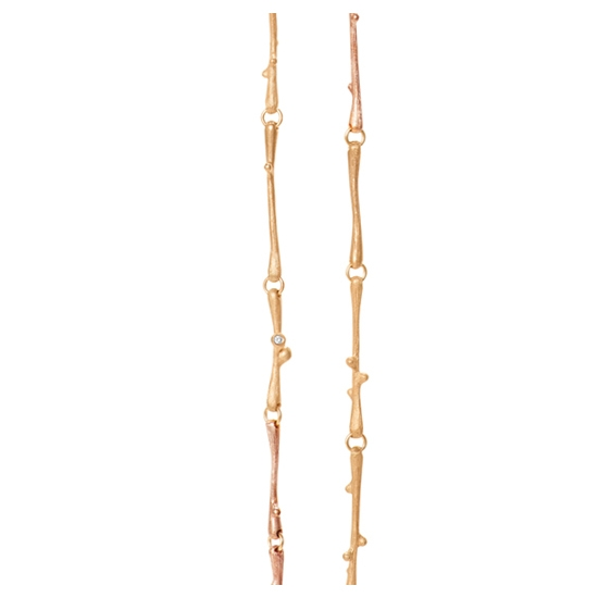 Ole Lynggaard Nature collier i rød- og rosaguld med 9 brillanter på i alt 0,07ct længde 90/100 cm
