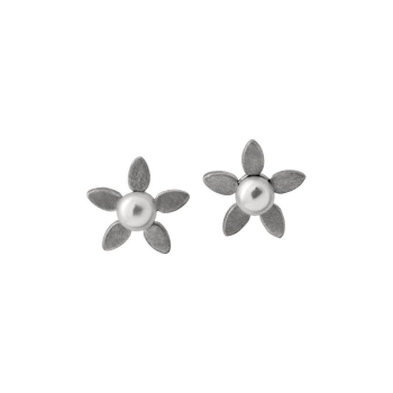 Image of   ByBiehl Forget Me Not ørestikker sølv med hvid perle