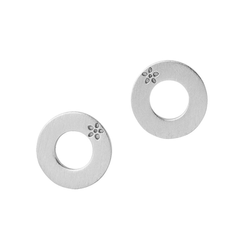 Image of   ByBiehl Sienna Circles ørestikker, sølv