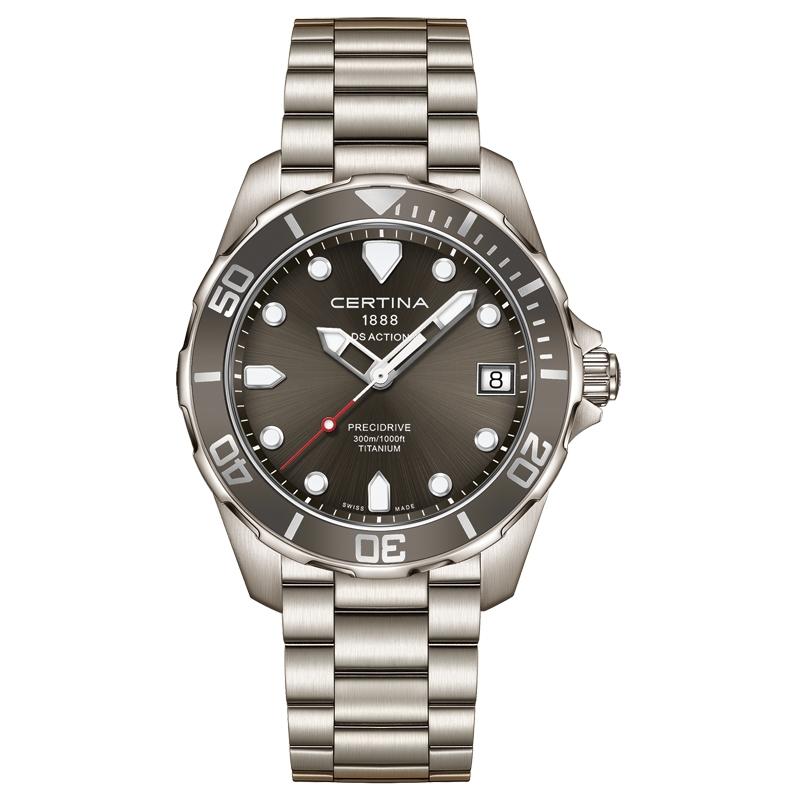 Certina DS Action armbåndsur i titanium med mørkegrå skive
