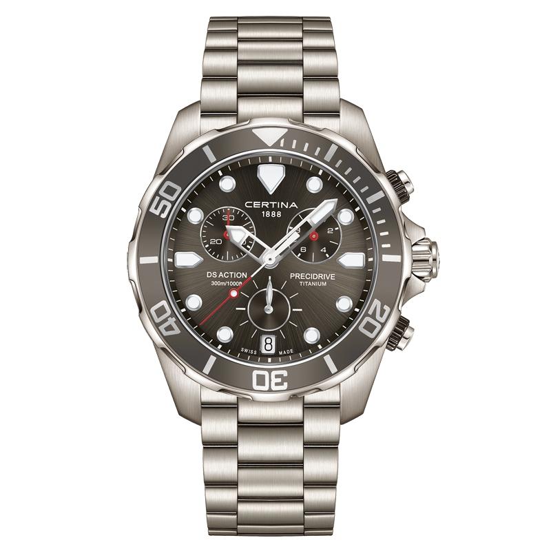 Image of   Certina DS Action Chronograph armbåndsur i titanium med mørkegrå skive