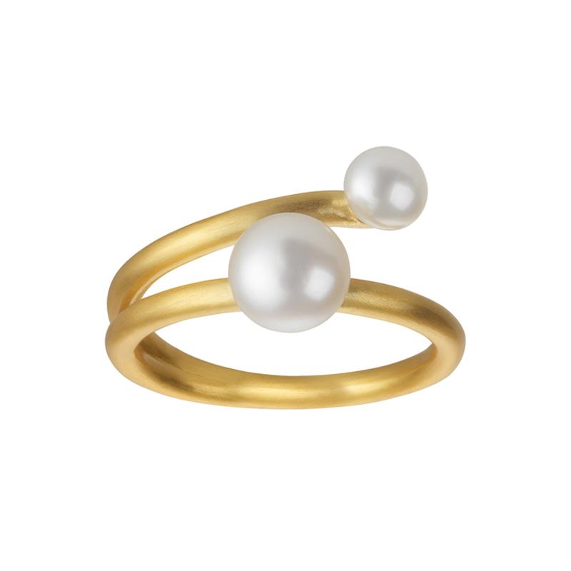 Image of   Bybiehl Coco ring i forgyldt med to hvide perler