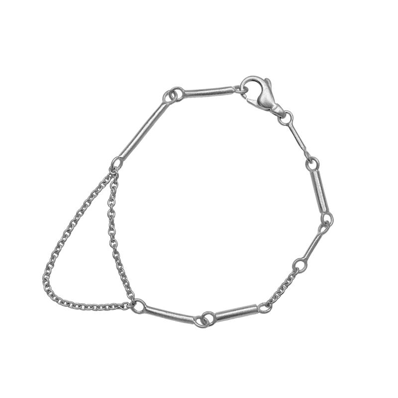 "Image of   Guldsmed ø ""B"" Armbånd i sølv"