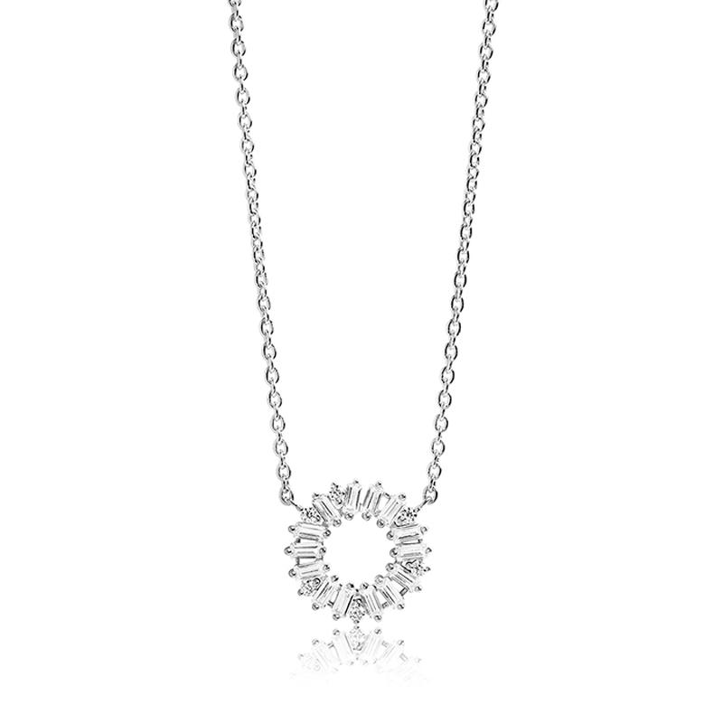 Sif Jakobs Antella Circolo halskæde med lille vedhæng i sølv