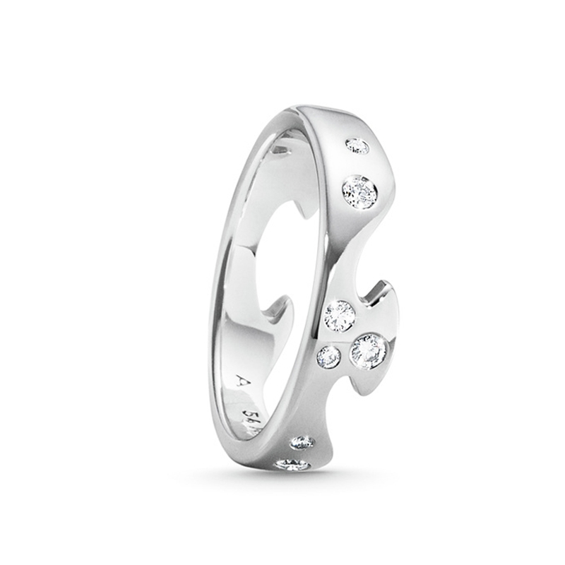 Georg Jensen Fusion endering 1367, 18 kt. hvidguld med 8 diamanter