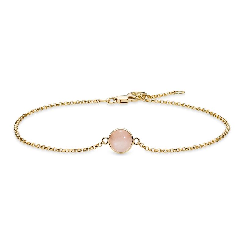 Julie Sandlau Lumina armbånd i guld med ferskenfarvet månesten